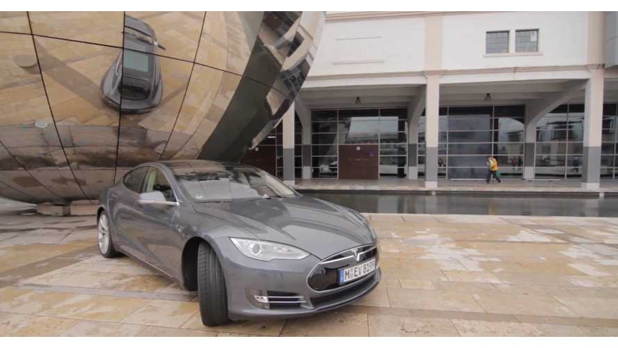 Tesla Model S Review From UK - Video