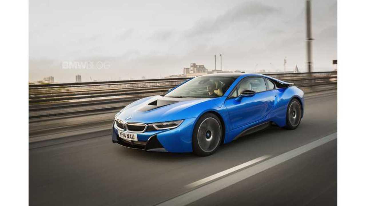 bmw-i8-protonic-blue-67-750x500