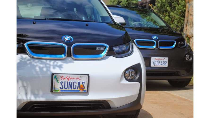 Two BMW i3s, One Sun, Zero Gas
