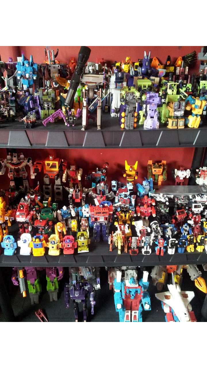 Collection of Transformer G1 Toys <em>(via InsideEVs Editor-in-Chief's son)</em>