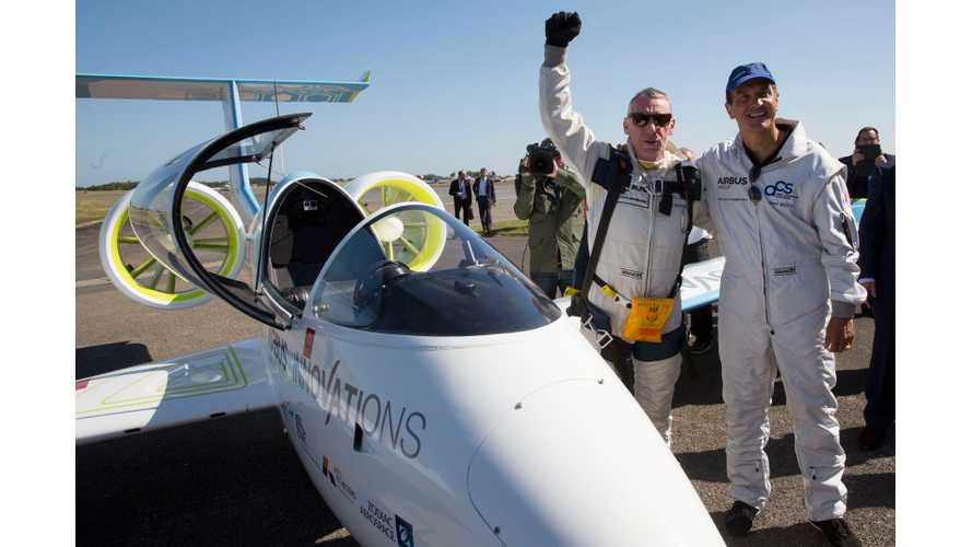 Airbus Group's E-Fan Electric Aircraft Completes Historic Channel Crossing (Or Maybe Not)