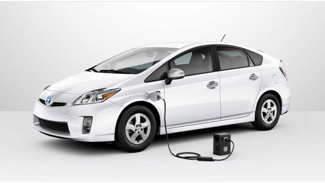 Report: Next Gen Toyota Prius To Have 30-35 Miles Of Range