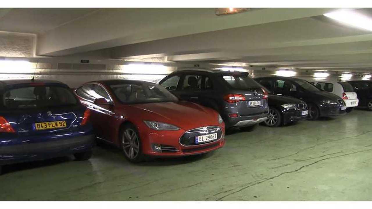 Tesla Model S - Bjorn Nyland Europe Road Trip Part 2 2
