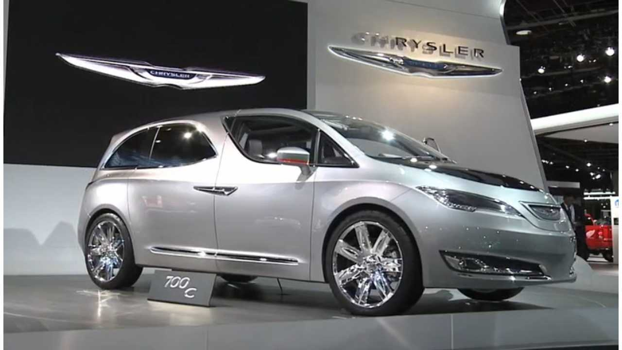 The Chrysler 700c Concept Hints Toward Next Generation 2017 Town Country Plug In Minivan