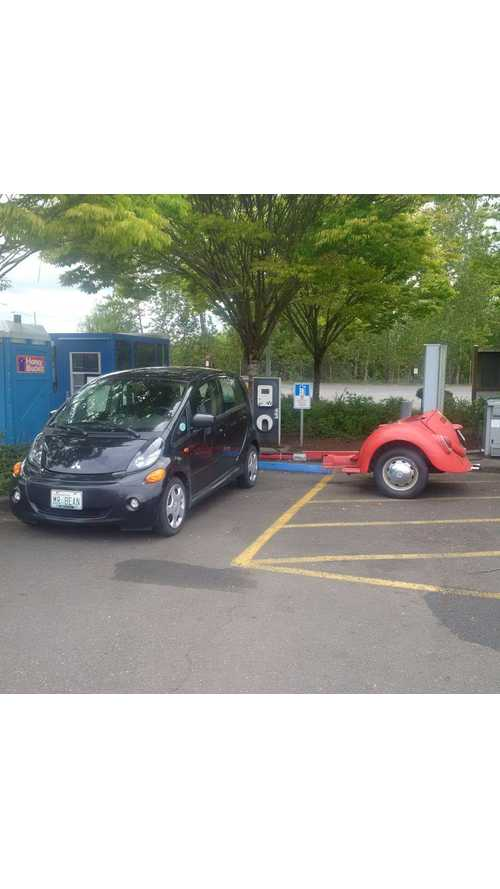 Explained: Mitsubishi i-MiEV With JB Straubel's Extended Range Pusher Trailer
