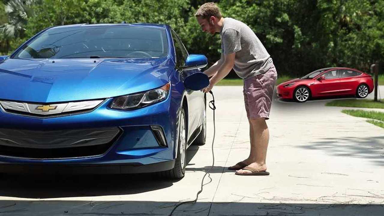 Kelebihan Kekurangan Chevrolet Volt 2018 Perbandingan Harga