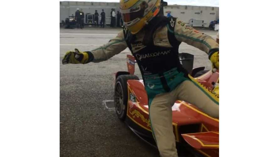 Here's How Drivers Will Swap Race Cars In Formula E - Video
