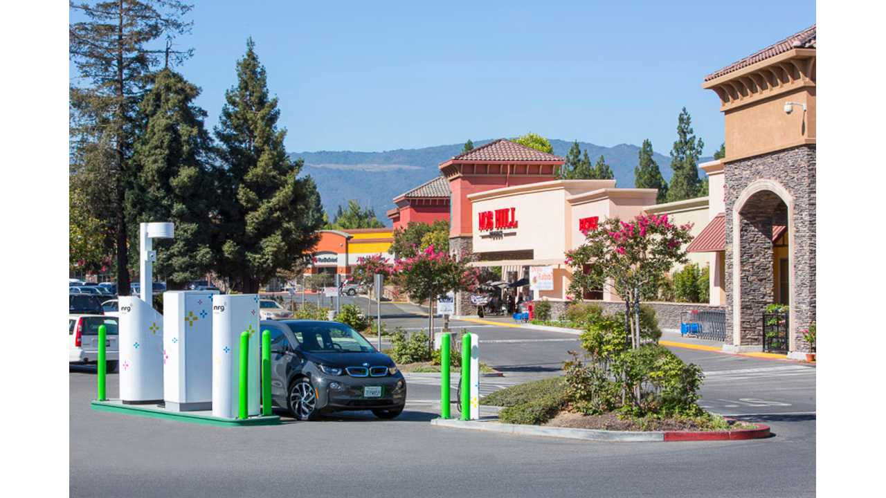 NRG eVgo Unveils CHAdeMO/CCS Fast Charger At Raley's Supermarket In Northern California
