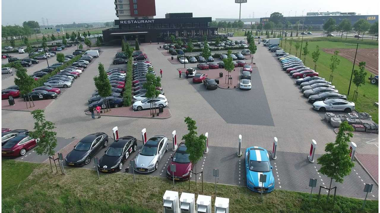 2016 E-Rally Dominated By Tesla Model S, Raises 34,700 Euro To Combat Climate Change