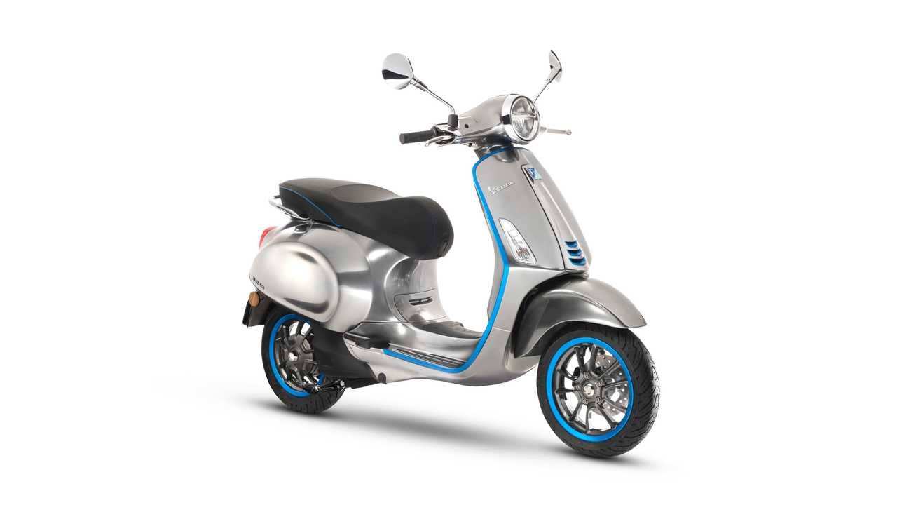 2018 Vespa Eletricca Goes 62 Miles Per Charge, Or 124 With Gas Range Extender