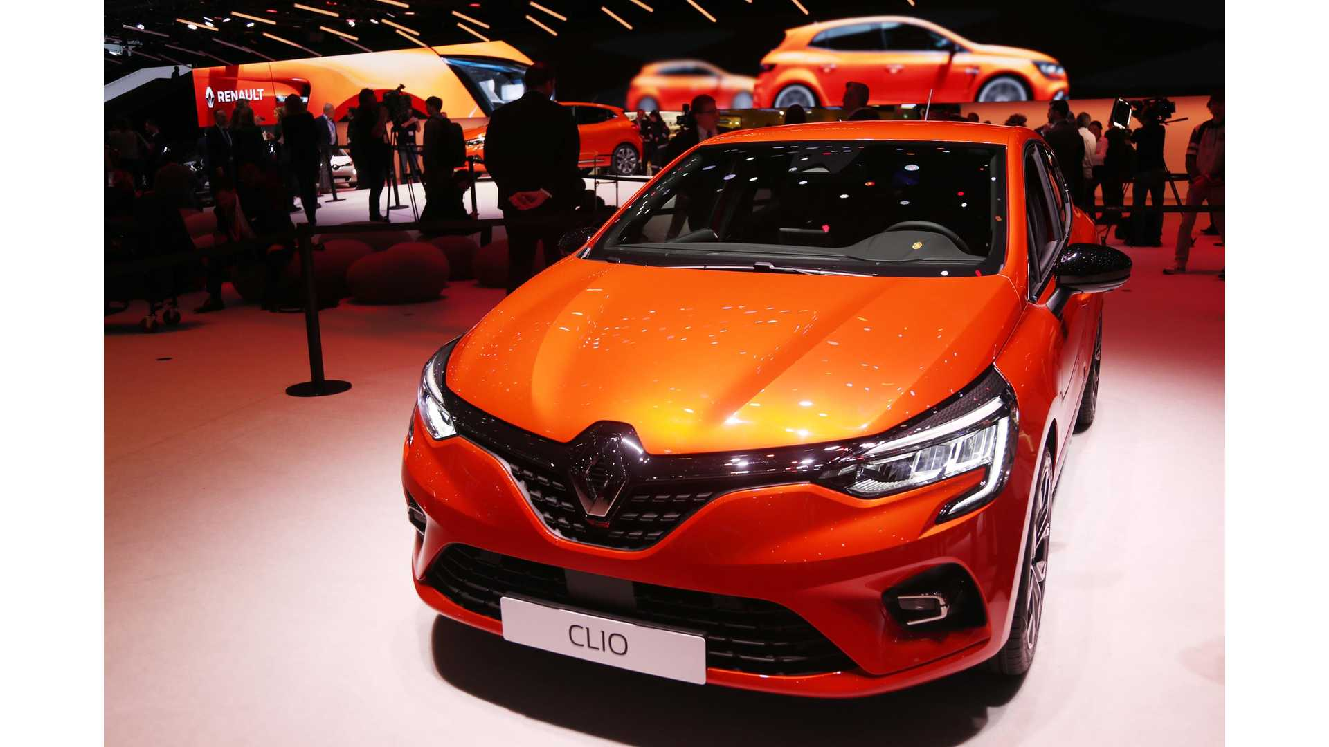 New Renault Clio Previews Interior Of New Electric ZOE
