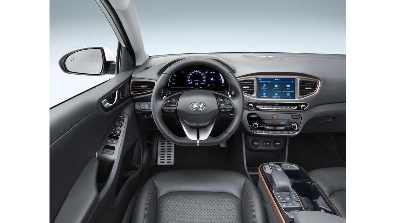 <em>Hyundai IONIQ Electric</em>