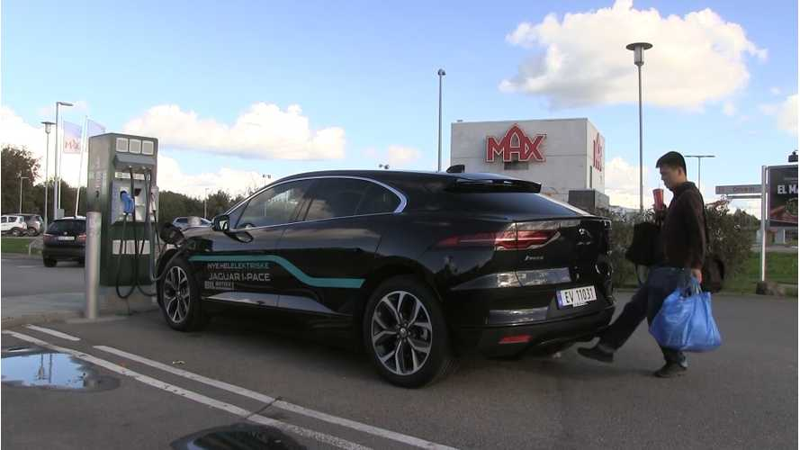 Jaguar I-PACE Gesture Liftgate Gets Tested By Bjorn