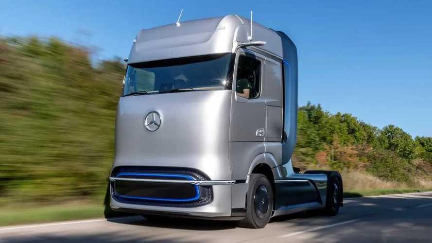 Mercedes Gen2 Truck und eActros (Bilder von 2020)