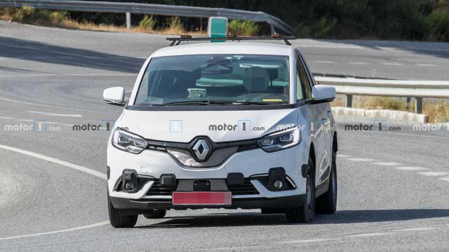 Flagra: Novo Dacia SUV de 7 lugares