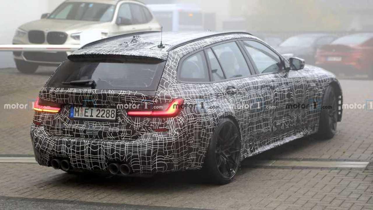 BMW M3 Touring Spy Photos Retour