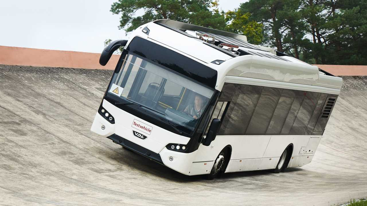 Continental develops new tires for electric buses with VDL Bus & Coach
