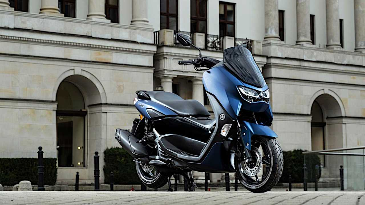 2021 Yamaha NMAX - Right Side Parked City Blue