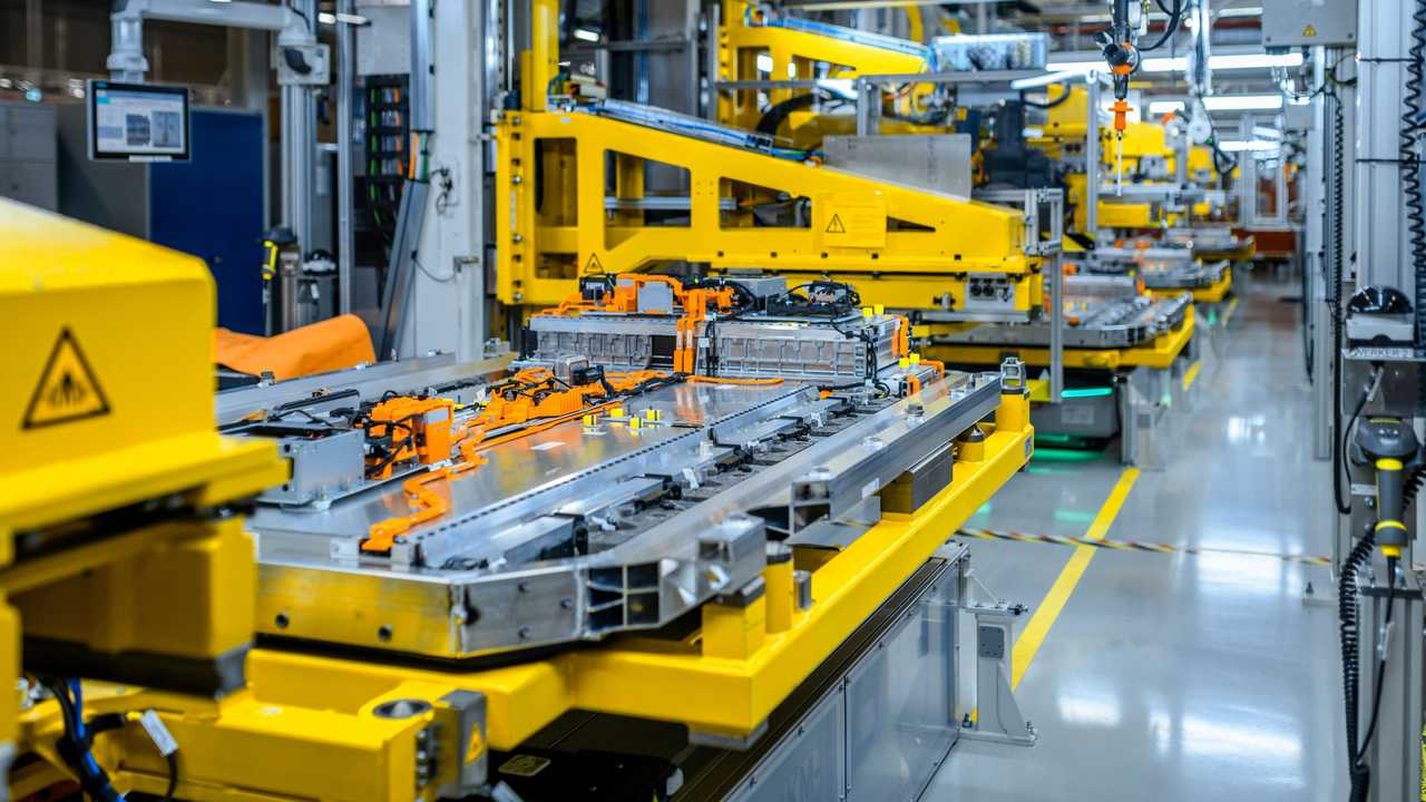 Mercedes-Benz EQC battery pack production by the Deutsche ACCUmotive, in Kamenz, Germany