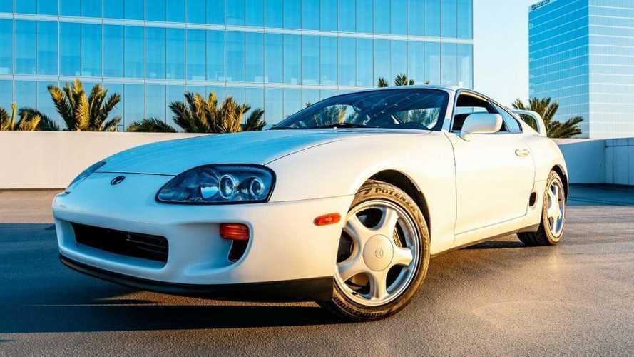 Te adnál 53 millió forintot ezért az 1994-es Toyota Supráért?