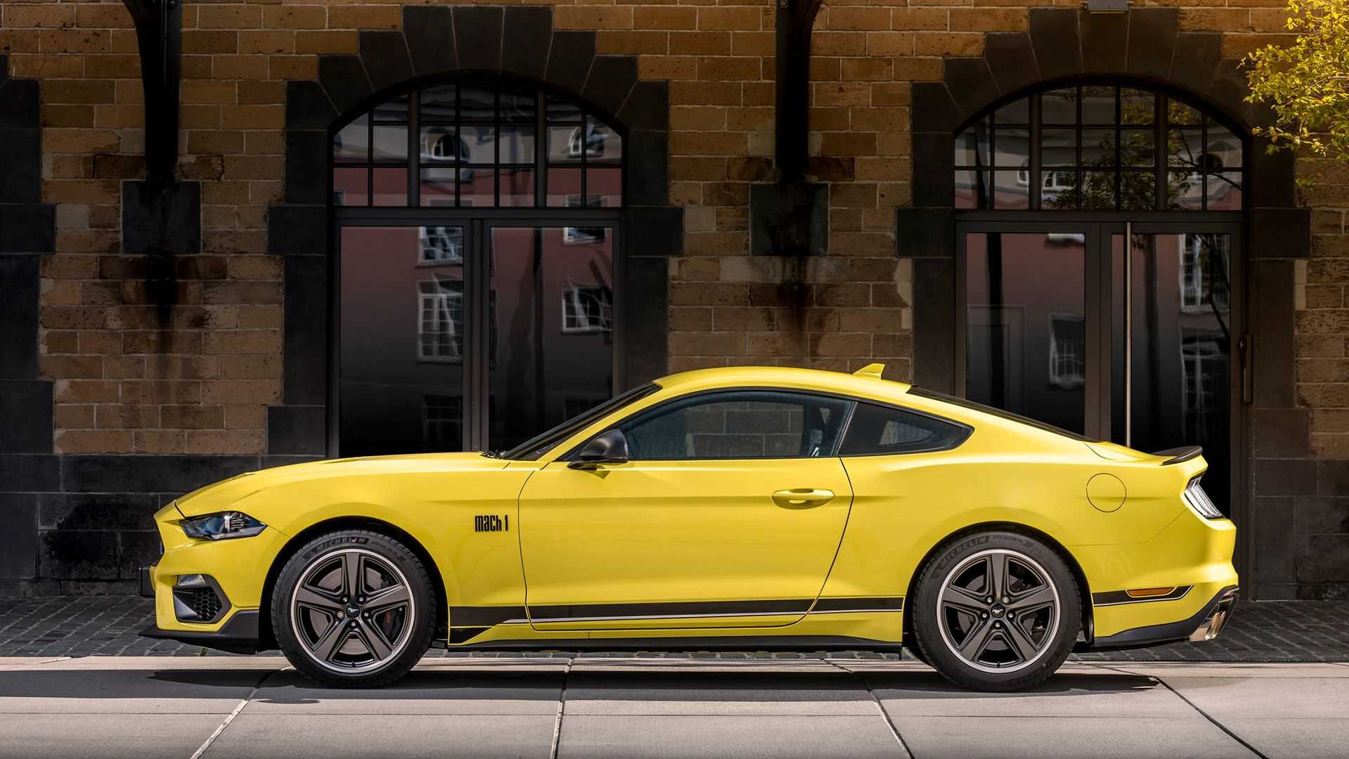 ford-mustang-mach-1-2021