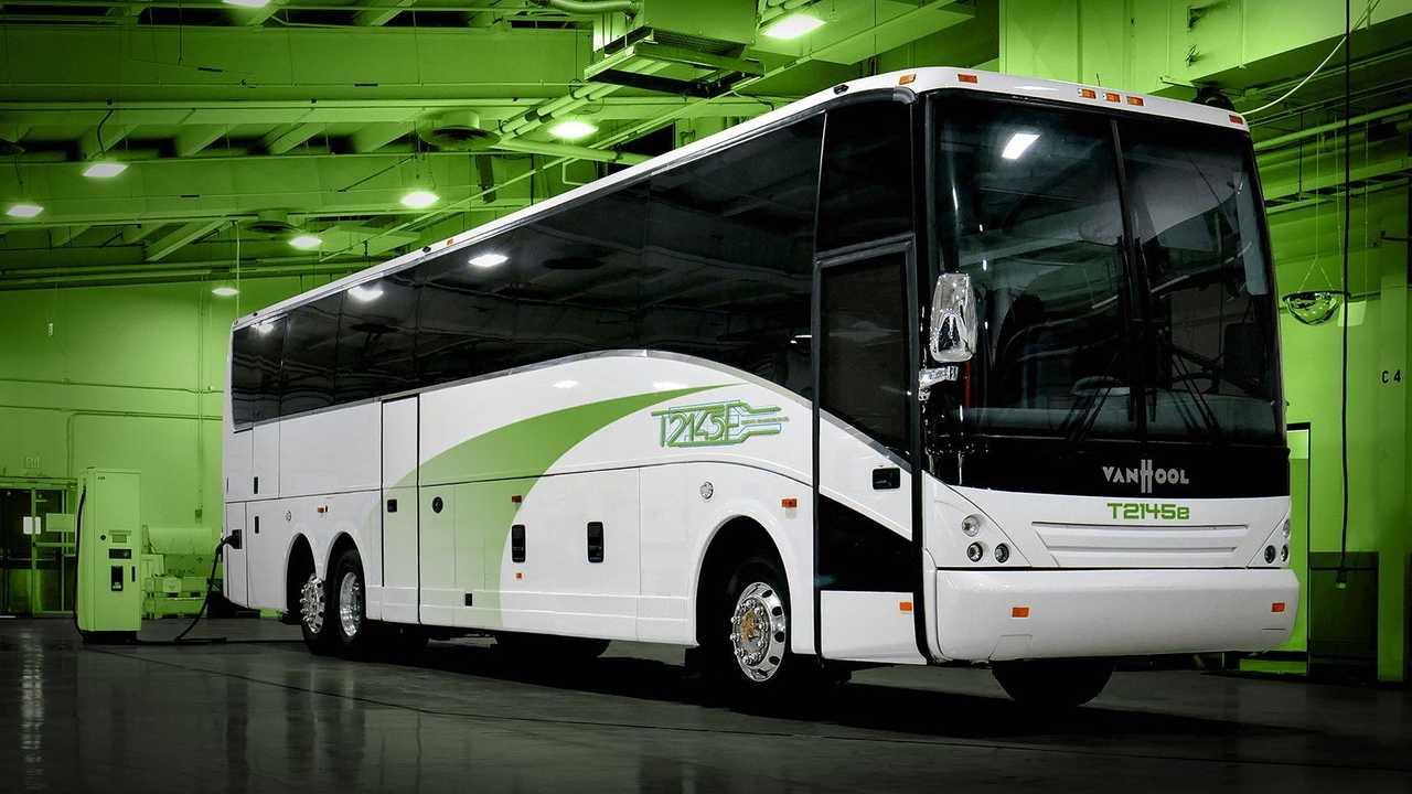 Lightning eMotors - electric coach for ABC Companies