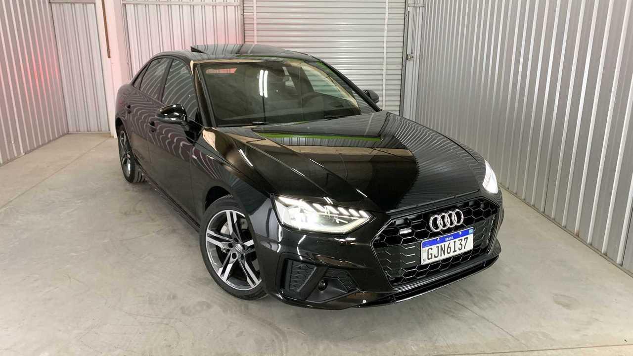 Audi A4 Performance Black 2021