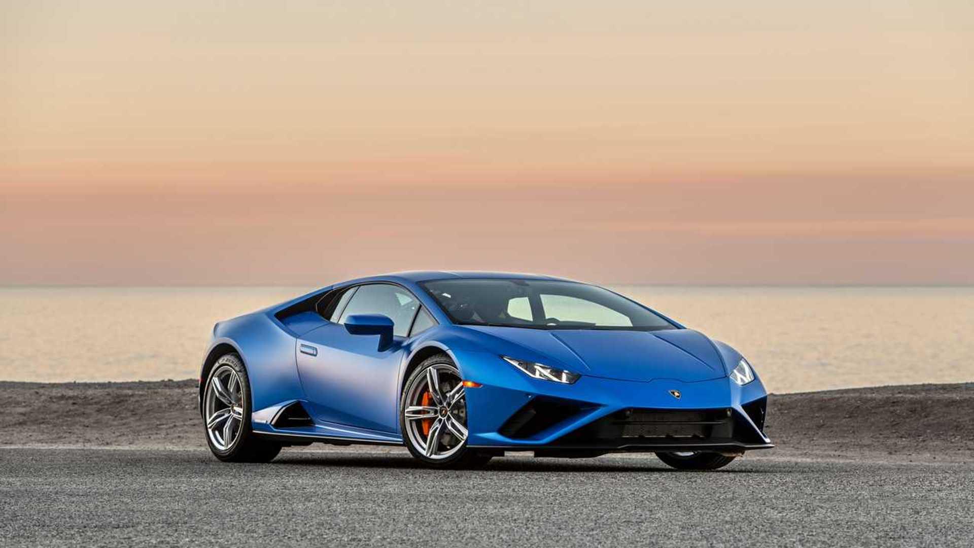 2020 Lamborghini Huracan Evo RWD front quarter static