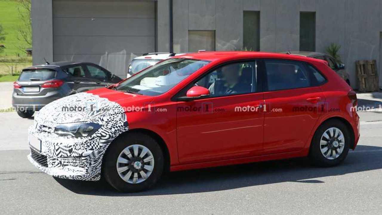 VW Polo facelift spy photo (front three-quarters)