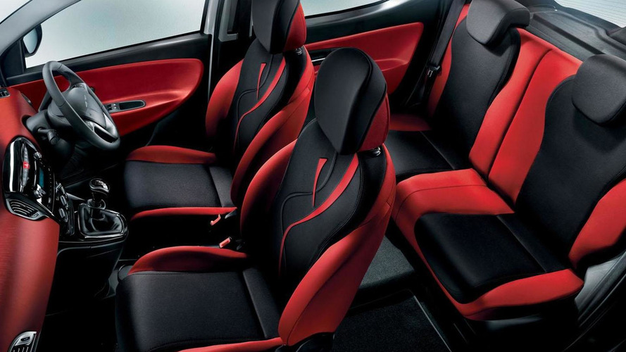 Chrysler Ypsilon Black & Red Edition announced (UK)