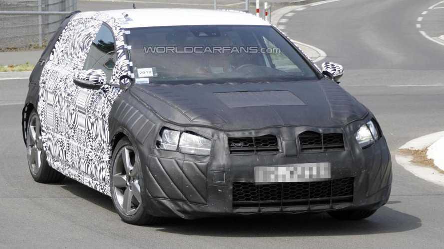 Volkswagen Golf VII GTI spied
