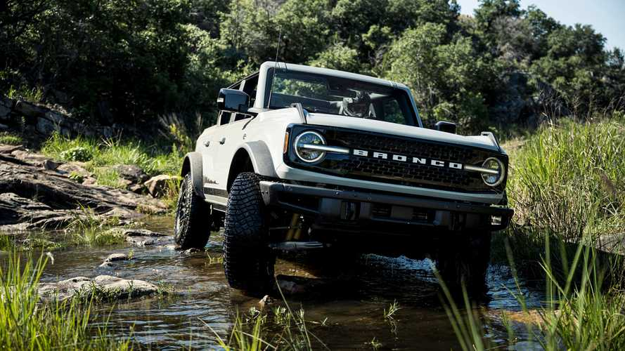 2022 Ford Bronco Everglades Announced With Factory Winch, Snorkel