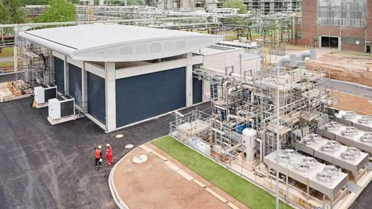 L'impianto per la produzione di idrogeno verde più grande d'Europa aperto da Shell