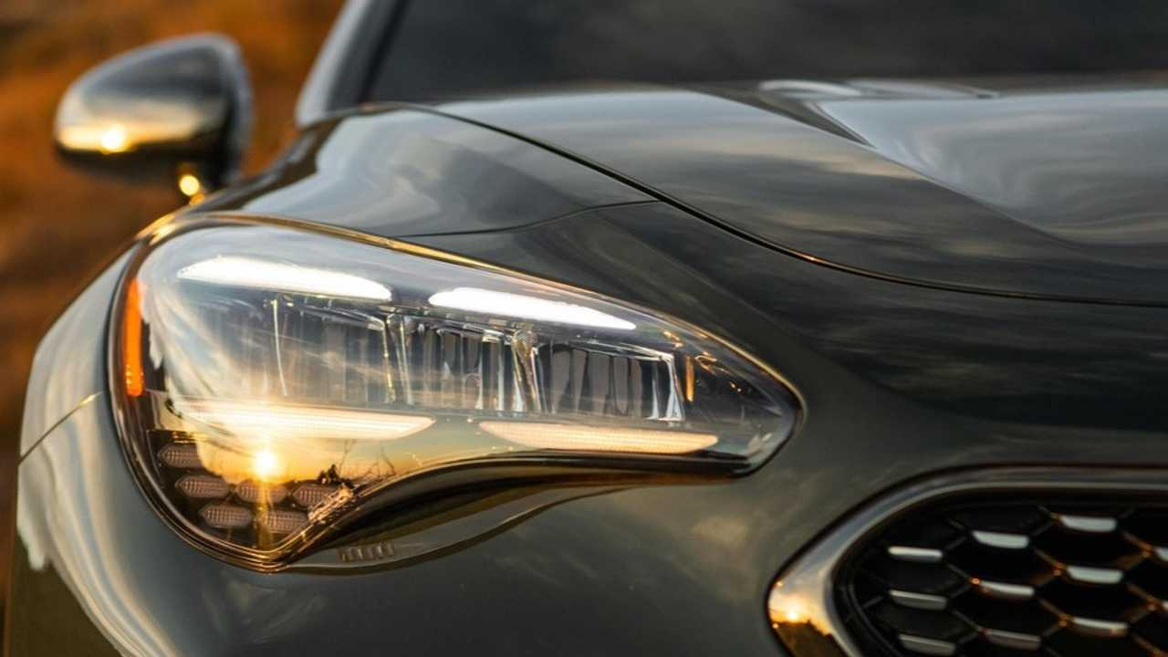 The nose of the refreshed Kia Stinger with new headlights