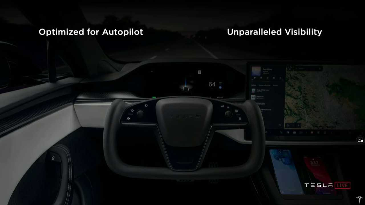 Tesla Model S Plaid yoke