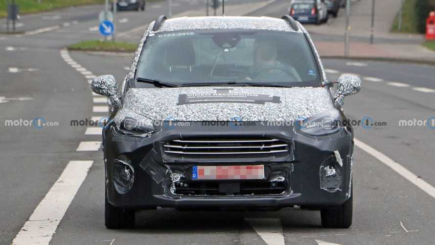 Ford Fiesta restyling, le nuove foto spia