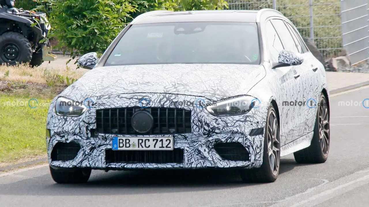 Nuova Mercedes Classe C AMG, il sound dell'ibrida a 4 cilindri