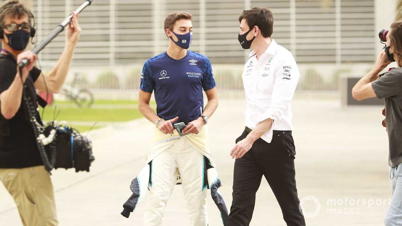 George Russell and Toto Wolff  at Bahrain March testing 2021