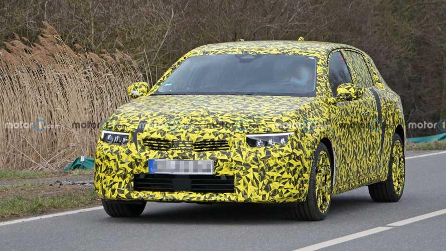 La future Opel Astra surprise en cours d'essai