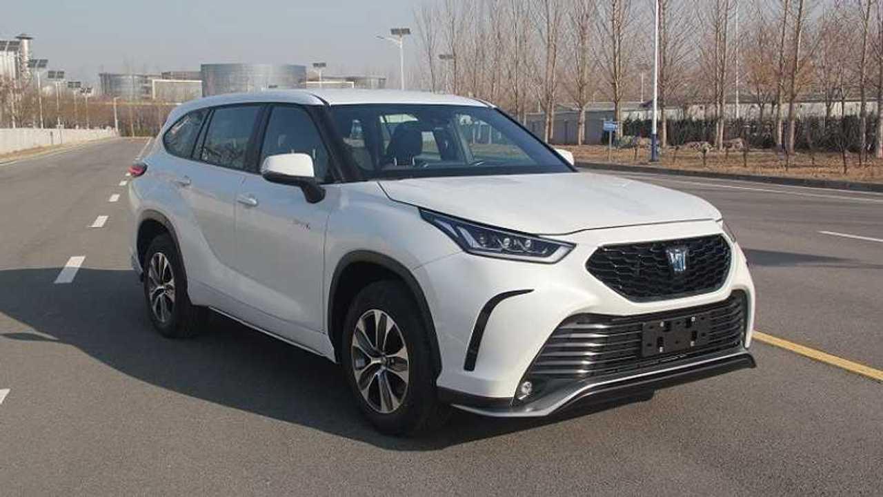 Toyota Crown 2021, un SUV para China basado en el Highlander
