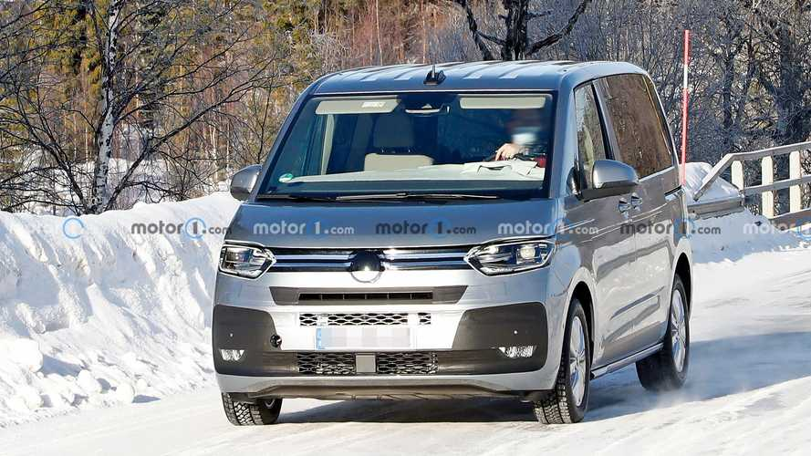 2022 VW T7 Multivan new spy photos