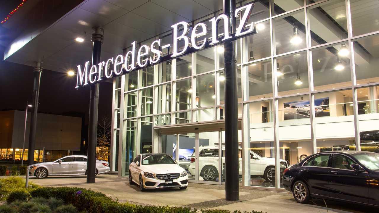 Mercedes-Benz Dealer