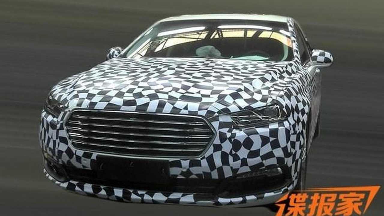 2016 Ford Taurus spy photo