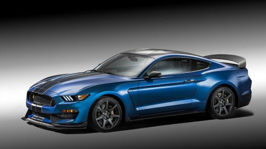 Shelby GT350R Mustang storms into 2015 NAIAS with 500+ HP