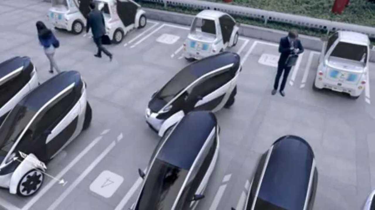 toyota i-road parking