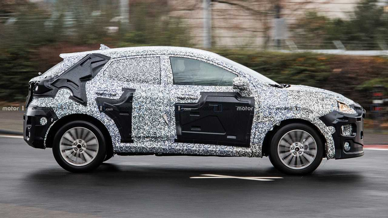 Mysterious Ford crossover prototype