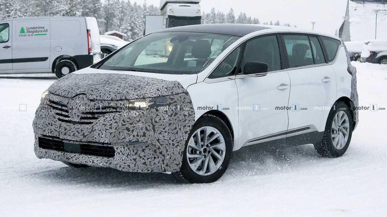 Renault Espace restylé photos espion