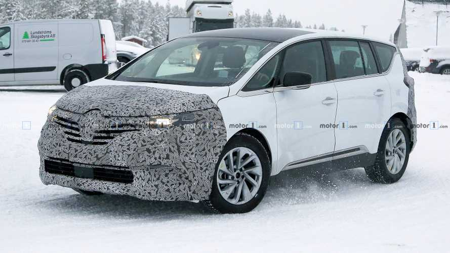 Le Renault Espace restylé surpris pour la première fois