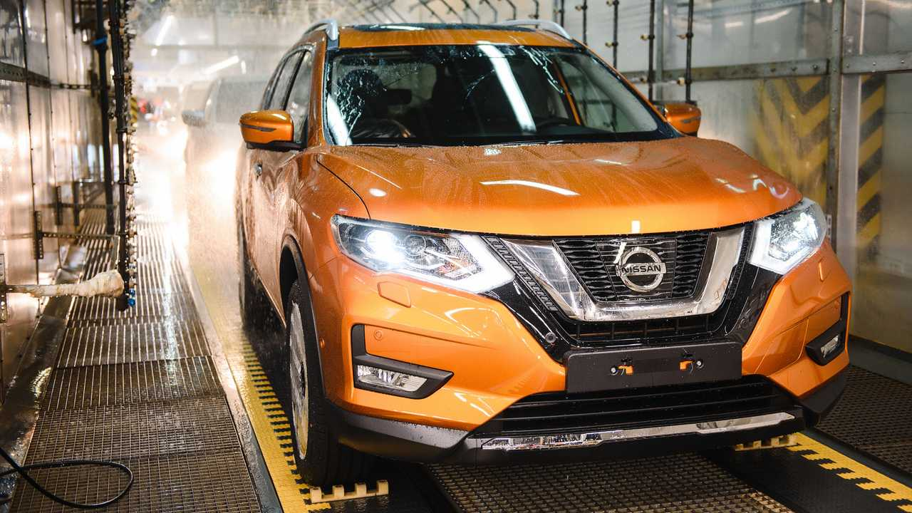 Start of Production of new X-Trail at plant Nissan's St Petersburg plant