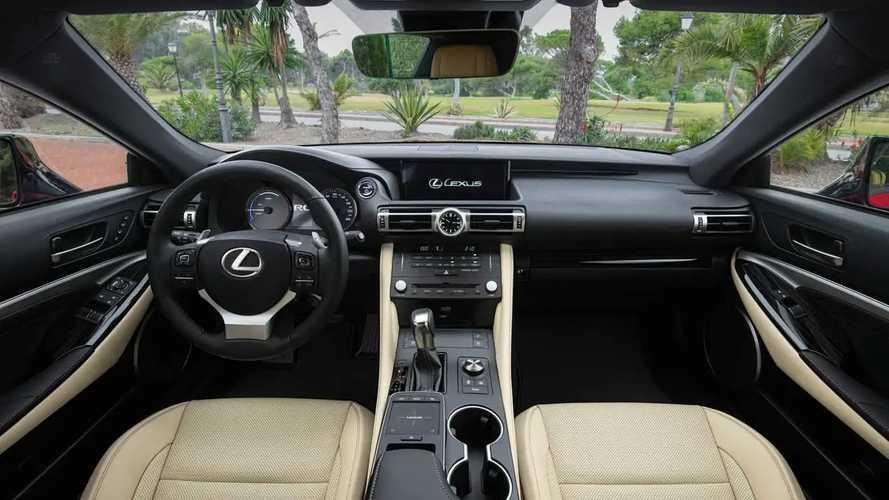 Lexus RC Hybrid restyling, test drive